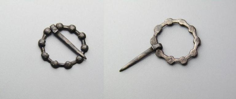 Lot 168, Medieval brooch