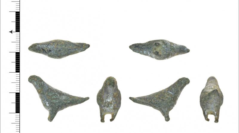 Figurine - bird