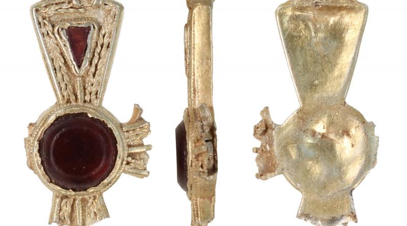 Gold and Garnet Pendant Cross